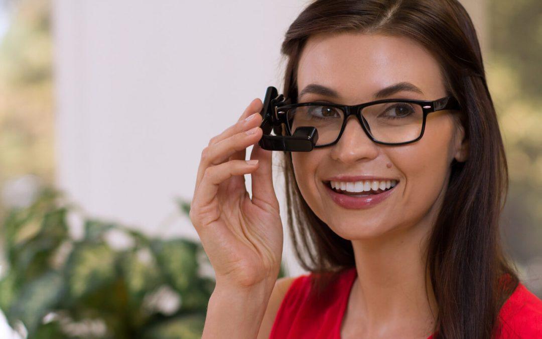 Így okosítsd fel a szemüveged